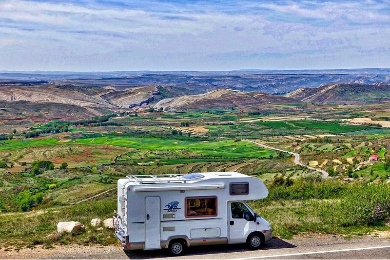 Camper e roulotte: trasporto da Roma verso qualsiasi destinazione