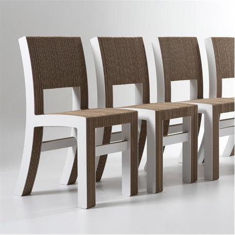 Sedie di cartone, una nuova moda per arredare