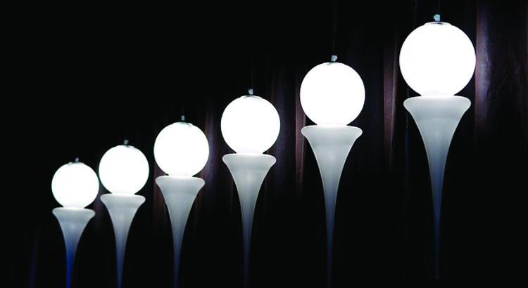 Luci di design, come cambiare prospettiva con un gioco di luci